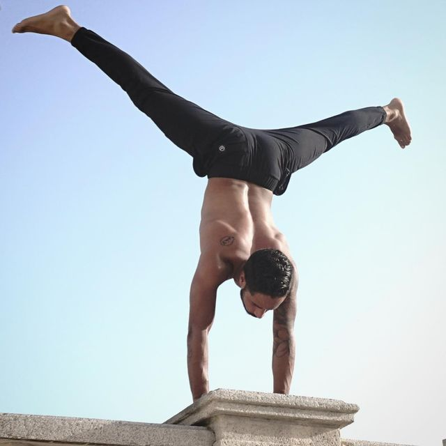 "image: ""Only from the heart can you touch the sky.""..—Rumi....All Blacks by @pimovementninja ..?: @schilansky ...#yoga #love #peace #mindfulness #oneness #yogapractice #handstand #inspiration #yogaeverydamnday #yogaeverywhere #yogainspiration #yogi # by jayomyoga"
