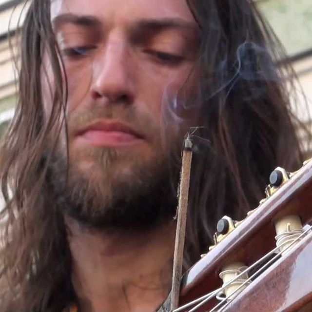 video: Estas Tonne - The Song of the Golden Dragon by lucialdama