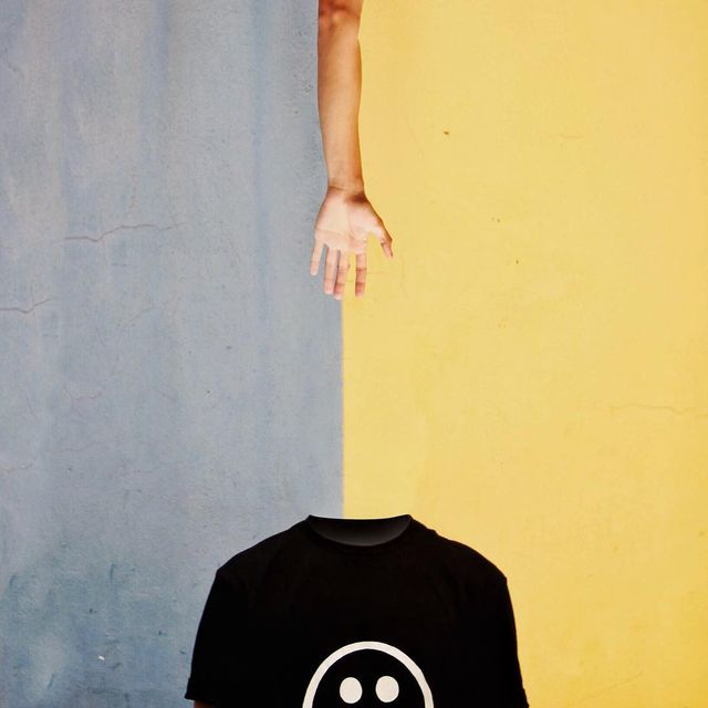 image: #LoosingMyMind.~ I N C E P T I O N  2/3.How would you look without your head?.Thanks to Obed @el.garrobo [ HONDURAS ?? ] for being inspired me with this picture and Thanks for be part of this headless... by pepedsgn