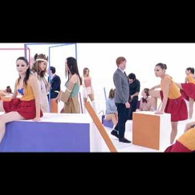 video: TWO DOOR CINEMA CLUB | WHAT YOU KNOW by mayweather