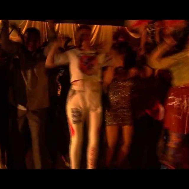 video: Zhala & Robyn perform 'Prophet' by albertopasarin