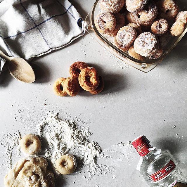 image: Hoy me he dedicado a hacer rosquillas de ans con mi mad by nacho_limpo