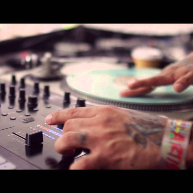 video: Ultra + Miami = Paradise by muso_de_la_musica