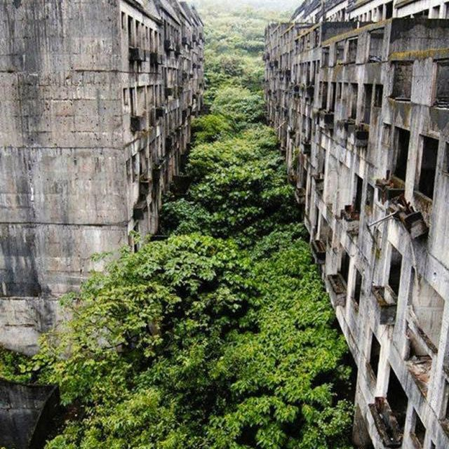 image: Ciudad abandonada de Keelung, Taiwan. by jimmi