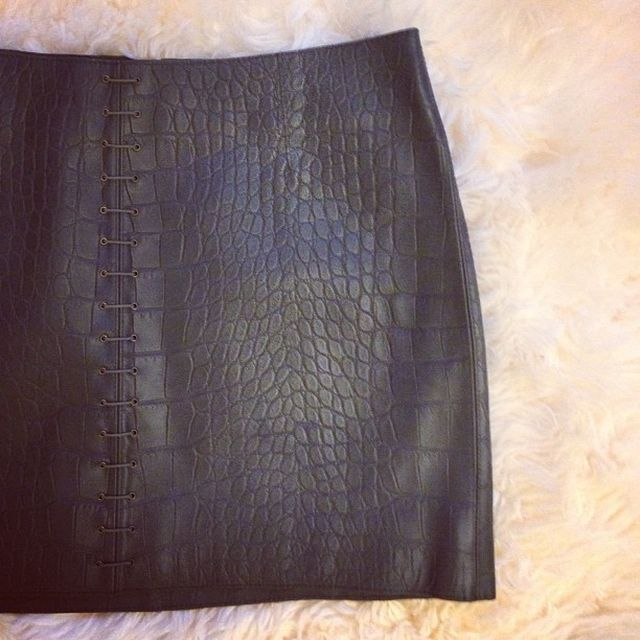 image: ALEXANDER WANG'S LEATHER SWEETIE by julia-estefaniaflores