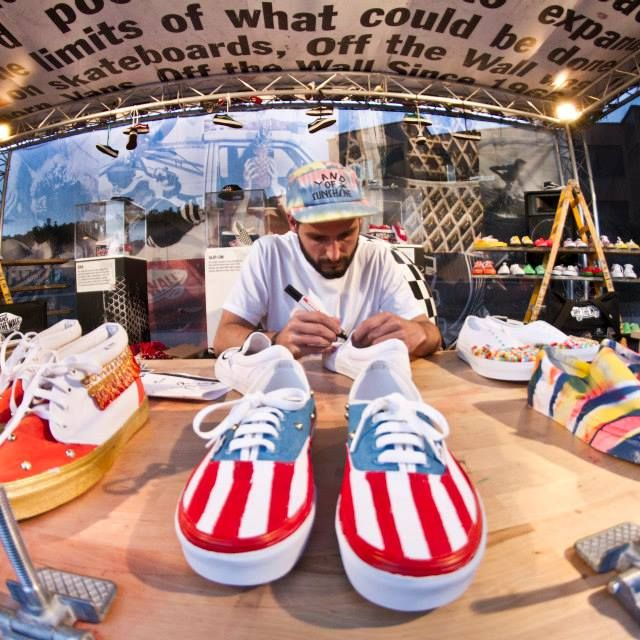image: Working for Vans by atakontu