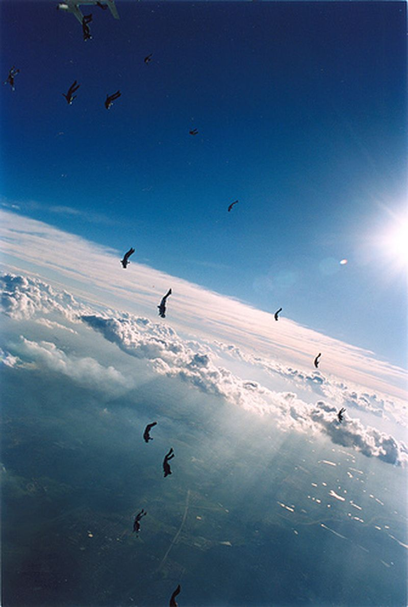 image: SKYDIVING by jack-sparrow