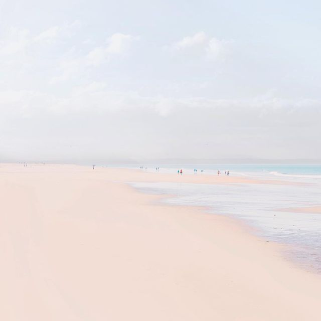 image: Scenes at the beach are my favorite. What's your favorite environment to shoot in? by teresacfreitas