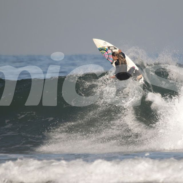 image: Surf by luciamartino