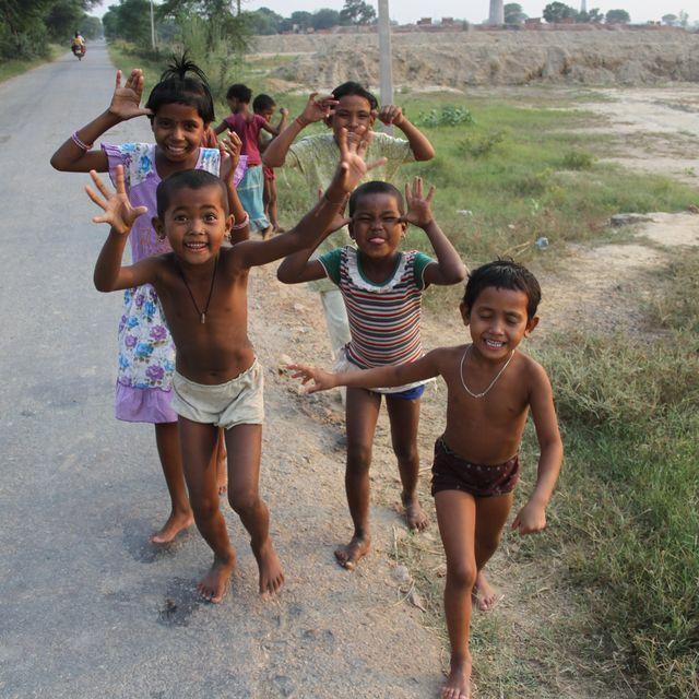 image: Children of Pahassour's school by nayanagar