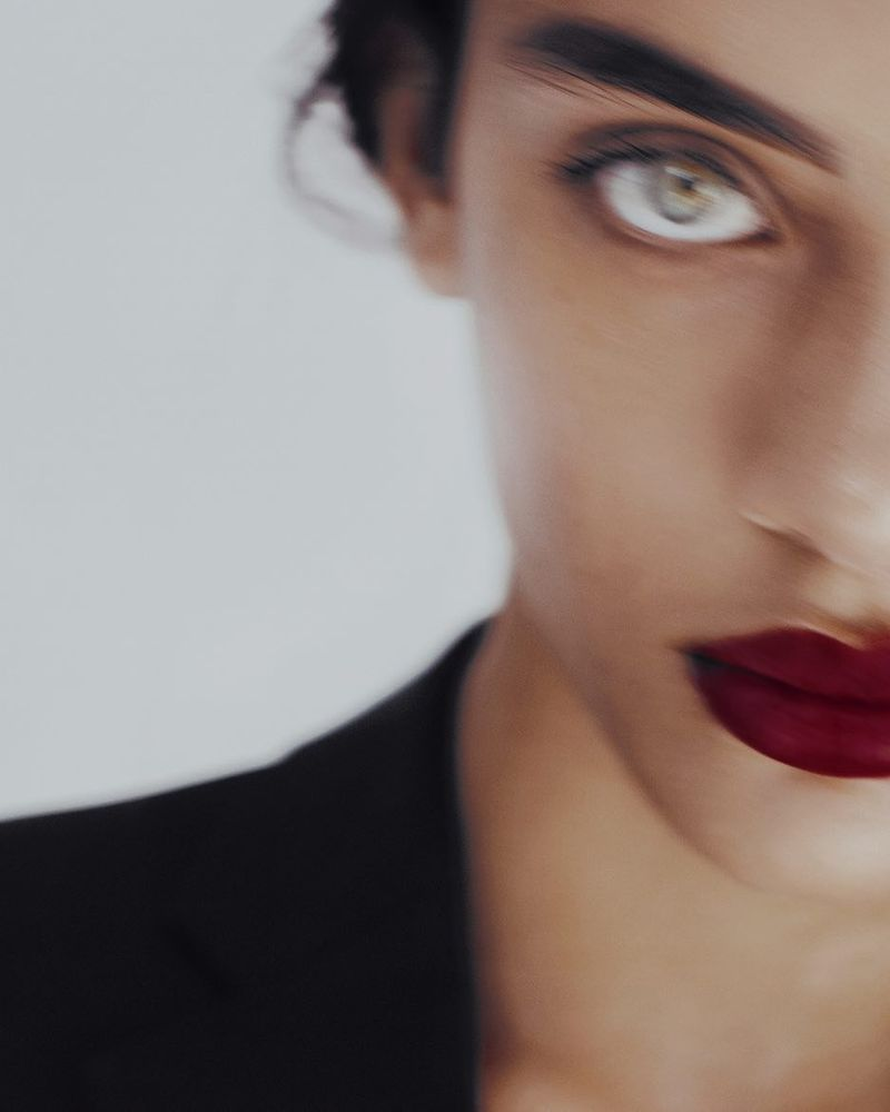 image: Closure. #woman #detail #fashioneditorial #azaharafernandez by azahara