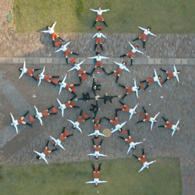 video: OK Go - I Won't Let You Down - Official Video by fer