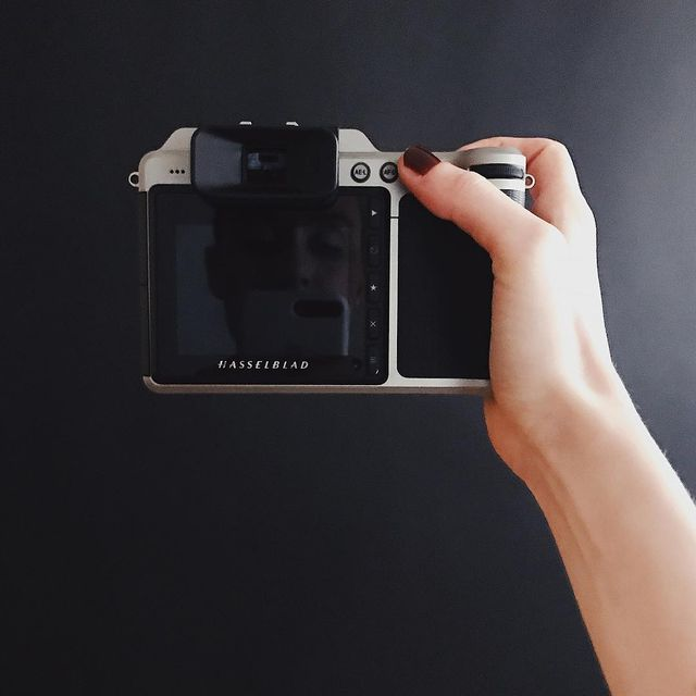image: #hasselblad by floraborsi