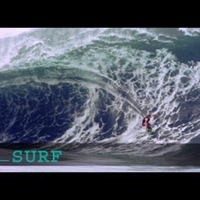 video: Surfing Goes Huge At Teahupoo Tahiti by eLafo