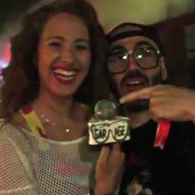 video:   Raptan a Pitty Bernad   Desperados   by legaragetv