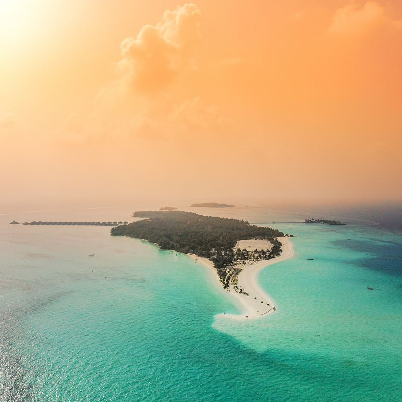 image: Golden hour in the Maldives ☀️ by michaelflarup