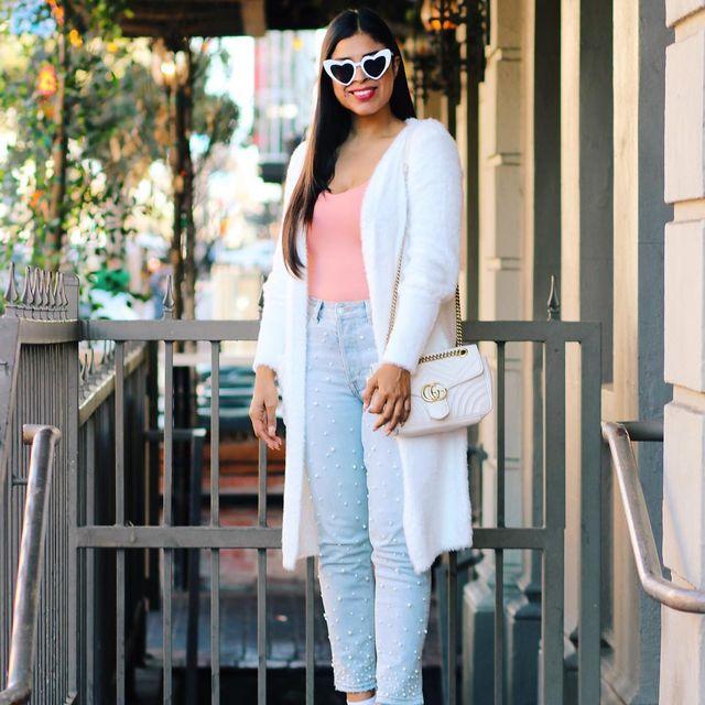 image: Happy Wednesday ✨ Cozy and soft cardigan for today's outfit /// Feliz Miércoles, se vienen cosas súper cool ya les estaré platicando? Espero les guste mi look del día :) by alicia_sf