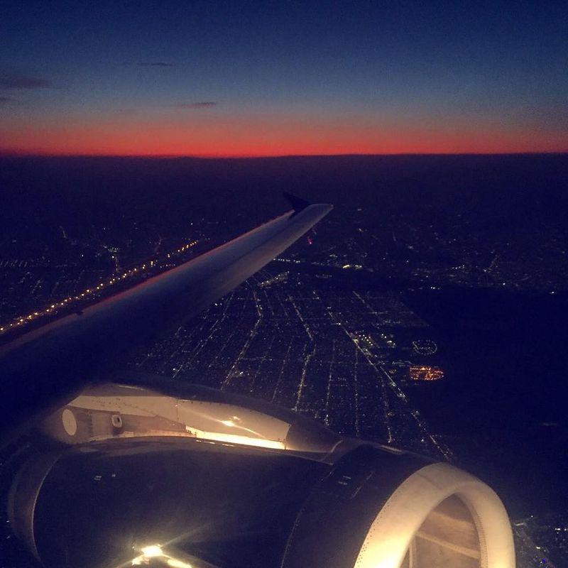 image: Flying over México City! How beautiful is the sunset from the sky! ?.....#mexico #mexicotravel #travelawesome #traveltheglobe #beautifuldestinations #bestoftheday #big_shotz #artofvisuals #travelingram #travel #travelgram #travellingthroughtheworld # by majolophoto