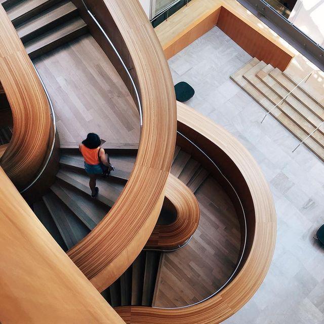 image: Curves & Lines by designmilk