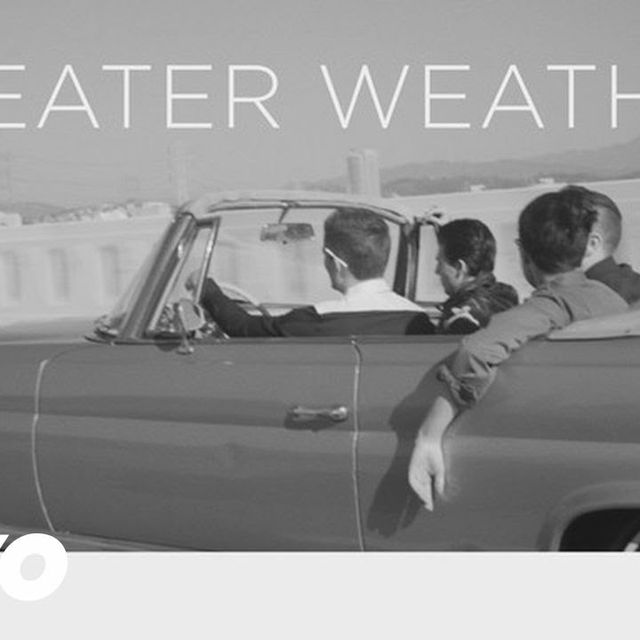video: Sweater Weather by paulapzlz
