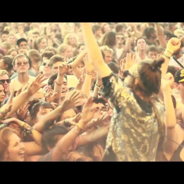 """video: CRYSTAL FIGHTERS - """"LA CALLING"""" by baena"""