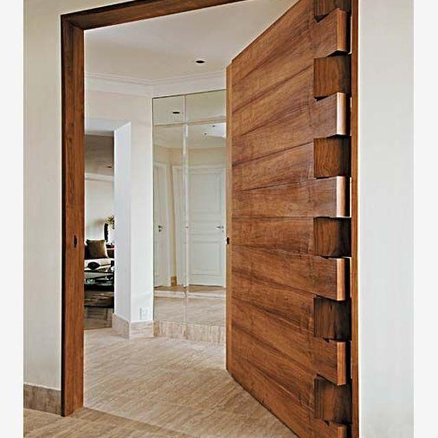 image: THAT door by macarenaobregon