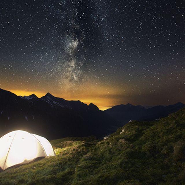 image: More stars than Hilton by triprebel