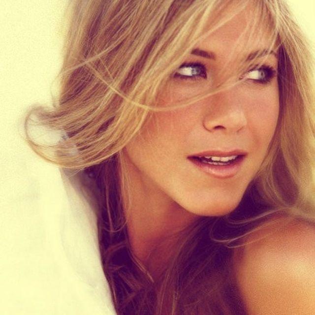 image: Jennifer Aniston by borjadelgado