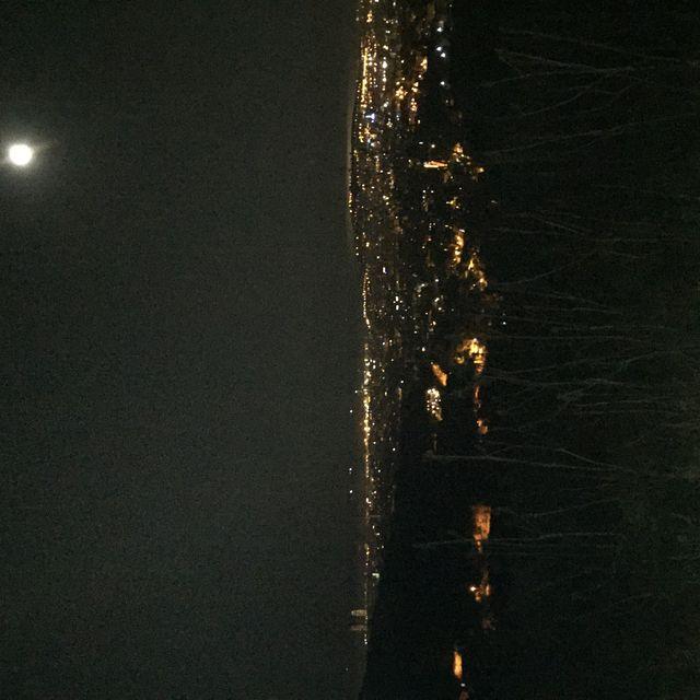 image: Barcelona at night by carlopuig