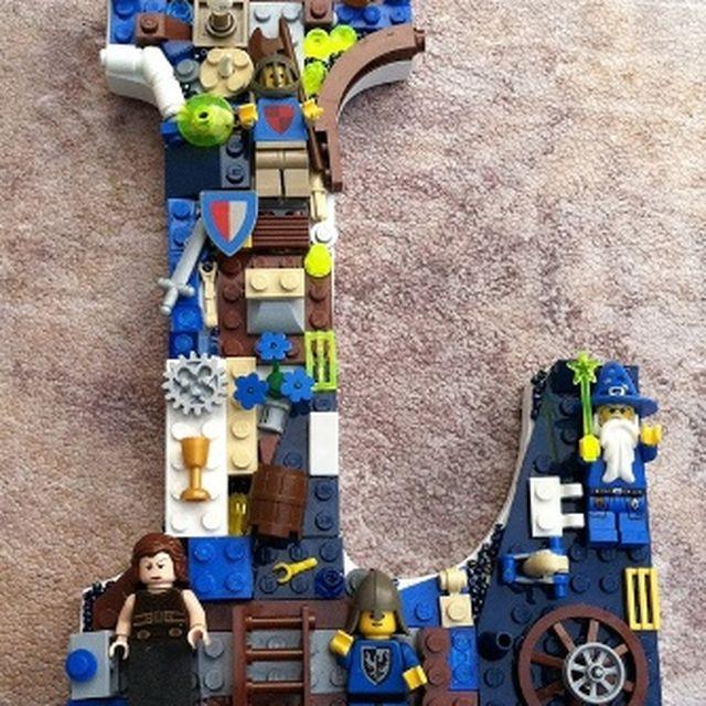 image: Lego-letter1.jpg 334×448 píxeles by 3punto1