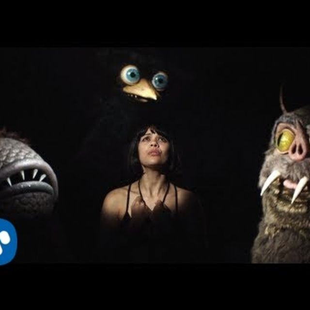 video: Bat for lashes, good for ears by wuxu