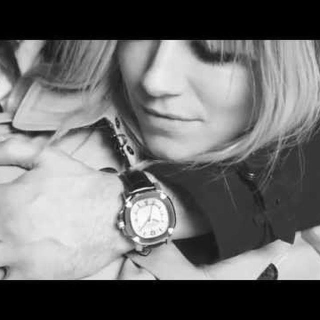 video: Sienna Miller and Tom Sturridge-Burberry by beparfi