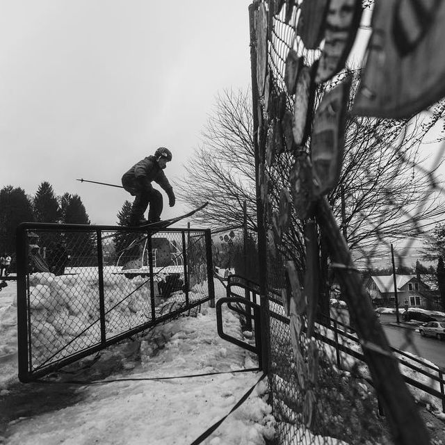 image: Swinging gate -> Double Kink. One of the most technical tricks I did in Imagination by @sherpascinema @thenorthface // Took a couple of really bad crashes trying this one ?// ? @jakedyson by twallisch