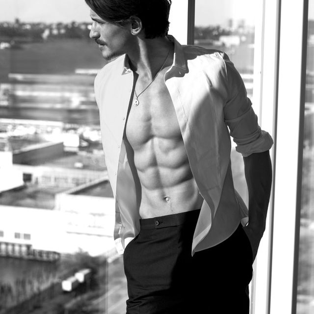 image: 24 HOURS WITH JARROD SCOTT by glamournarcotic