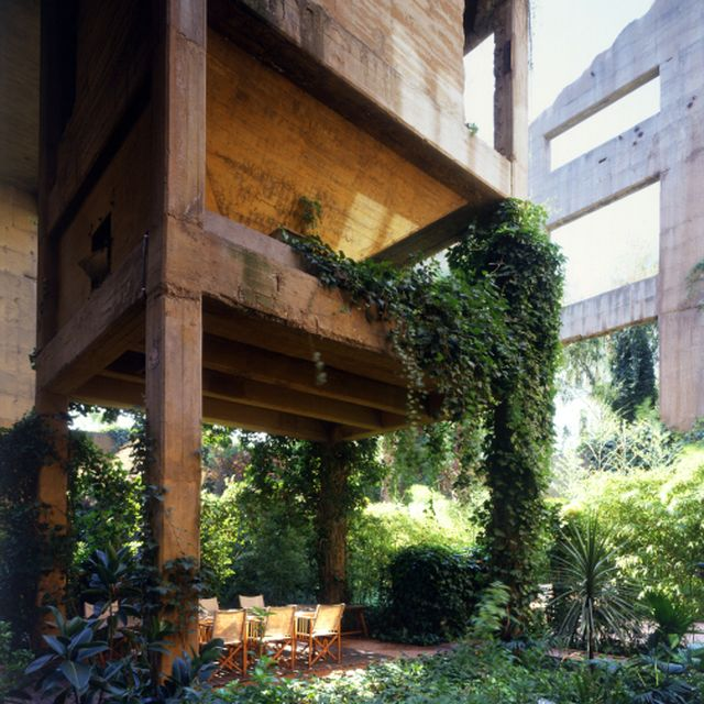image: RICARDO BOFILL The Factory by bereference