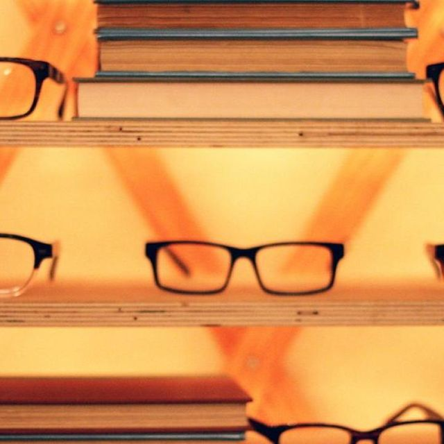 post: Warby Parker Gets More Big-Name Investors In American E by stanis