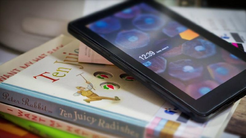 image: 5 Startups improving E-Book reading experience by james-the-creator