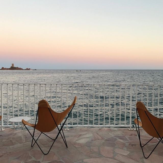 image: / sunset bis / #mer #provence #sud #holidays #mespetitespaillettes #airborne #design #mpptravel by mespetitespaillettes