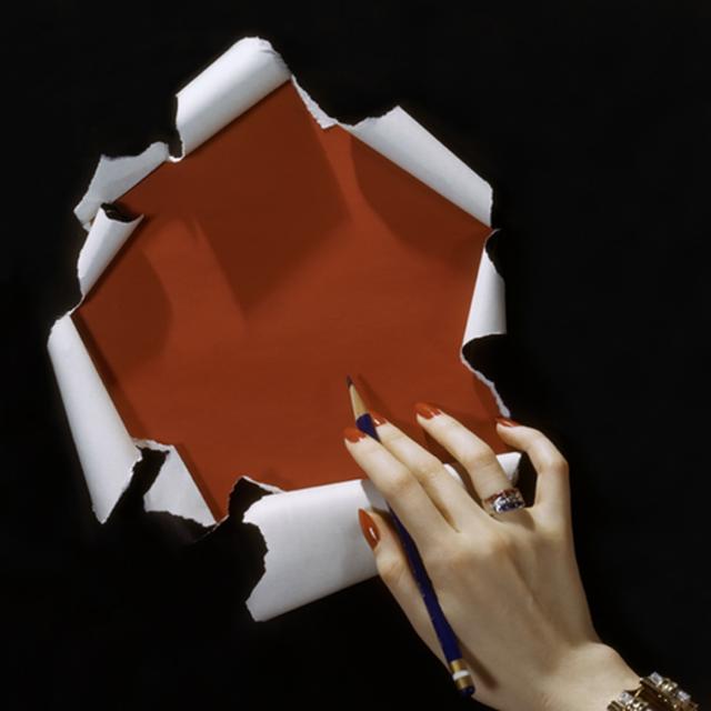 image: hand by angelasuarez