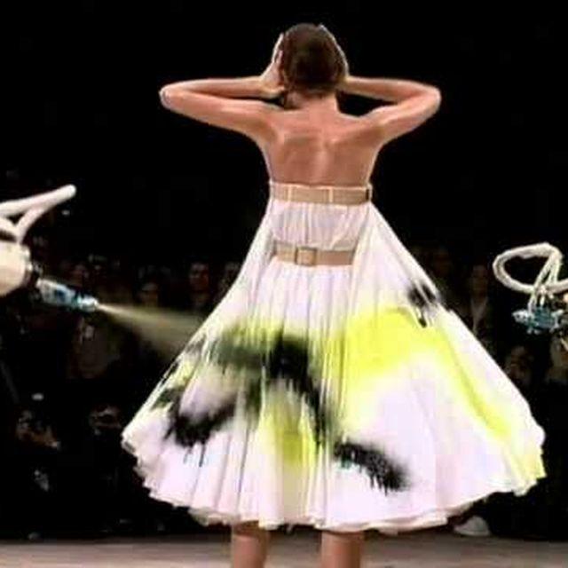 video: Alexander McQueen  Savage Beauty by oliviarubal