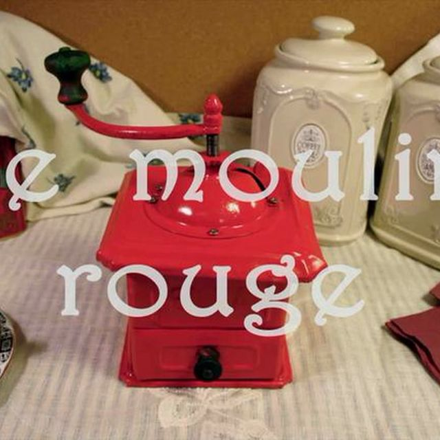 video: Le Moulin Rouge on Vimeo by arquetipo