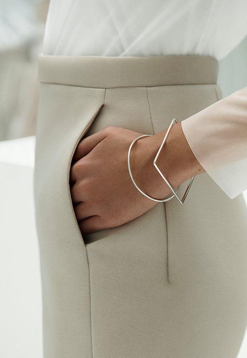 image: COS minimal elegance by heelspeplum