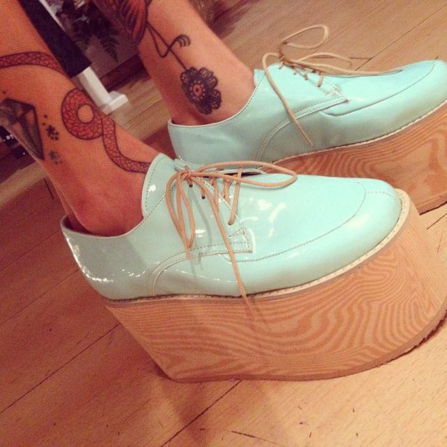 image: Jhonatan Morales shoes by ninaestaenblanco
