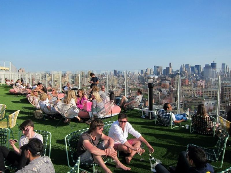 image: The Standard Hotel NYC: New York Hot Spots with Cool Views; Manhattan-Living by jorge_lana
