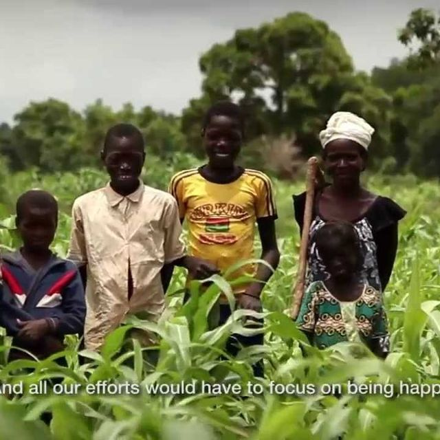 video: .M.O.M.E.N.T.V.M  Boa Mistura & Intermón Oxfam by koe