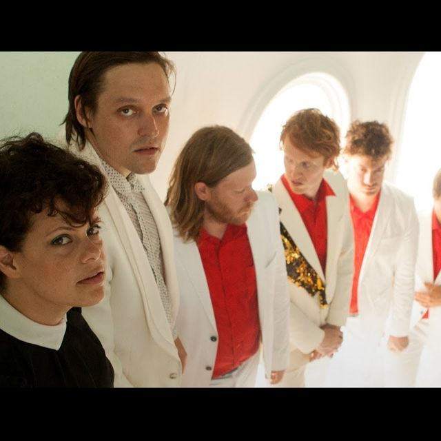 video: Arcade Fire - Here Comes the Night Time by 2diamonds